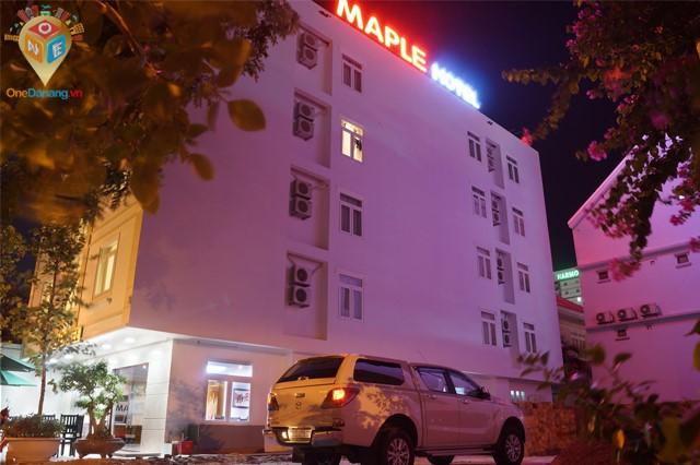 Khách sạn Maple