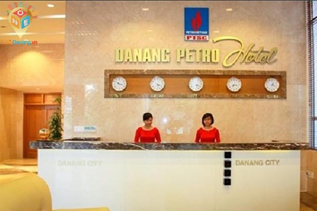 Khách sạn Petro