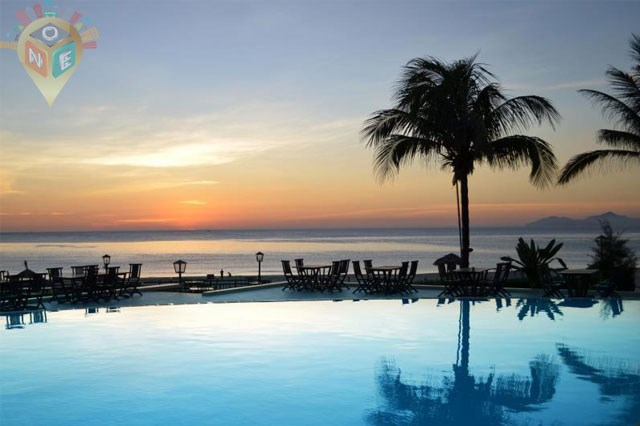 Centara Sandy Beach Resort Da Nang