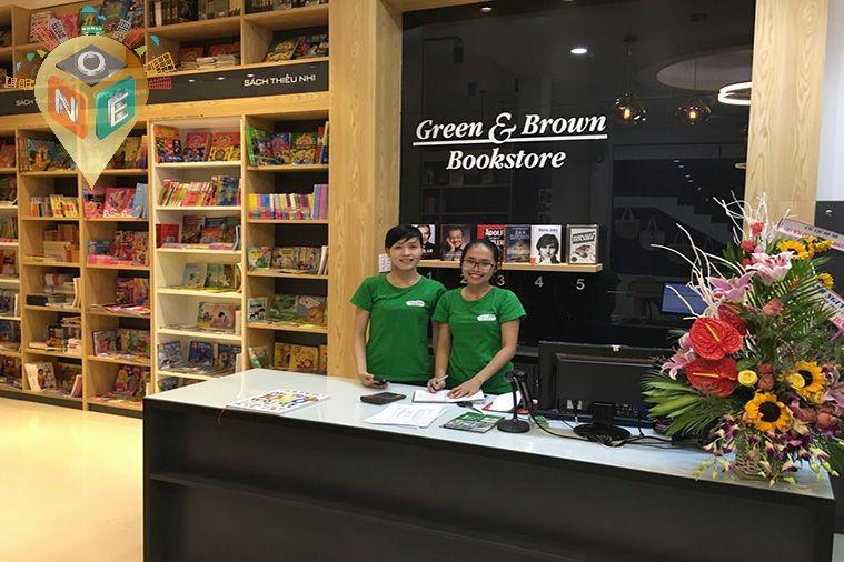 Green & Brown Bookstore - Hiệu sách kiểu mới