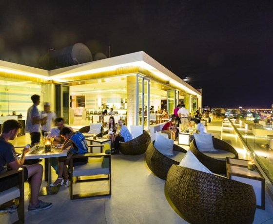 The Top Bar - A La Carte Da Nang Beach Hotel