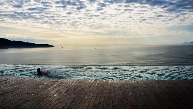 Lơ Lửng Giữa Biển Trời Với Hồ Bơi Tràn Biển Cực Hot Tại Đà Nẵng