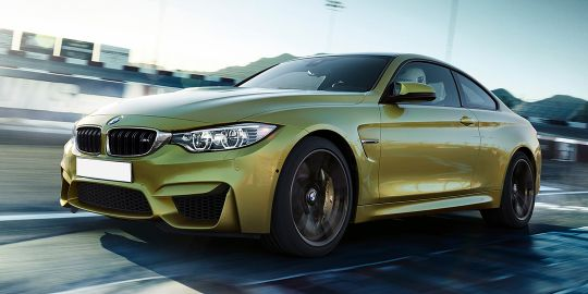 BMW M3 Sedan VS BMW M4 Coupe