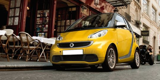Smart Fortwo Passion VS Datsun GO+