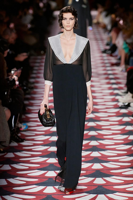 【巴黎時裝週】Miu Miu的玩味優雅!Miuccia Prada塑造復古的少女情懷!
