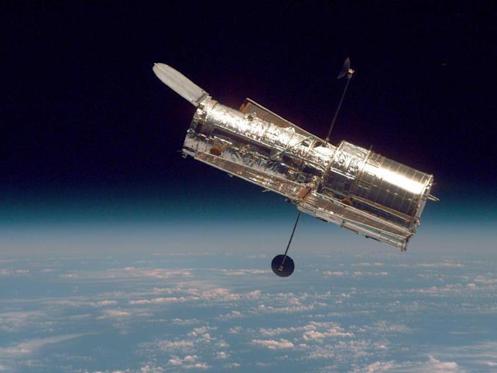 Kính viễn vọng Hubble ngoài không gian (nguồn: Yahoo)