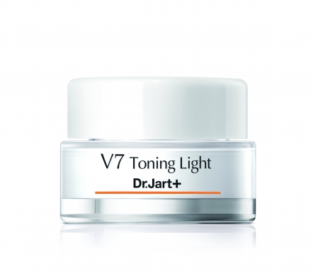 V7 Toning Light Cream
