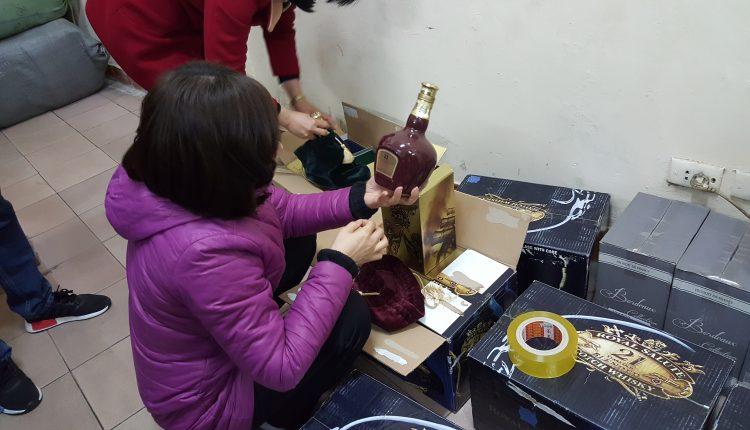 Hà Nội: Truy lùng rượu giả khiến nhiều người ngộ độc