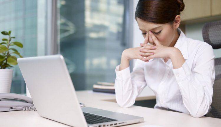 Bí quyết giảm đau mỏi mắt cho dân văn phòng