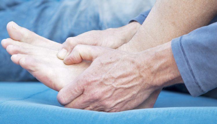Bệnh gout – Nguyên nhân, triệu chứng, cách phòng tránh