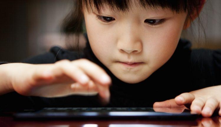 Trẻ nghiện smartphone – Một loại tâm bệnh mới?