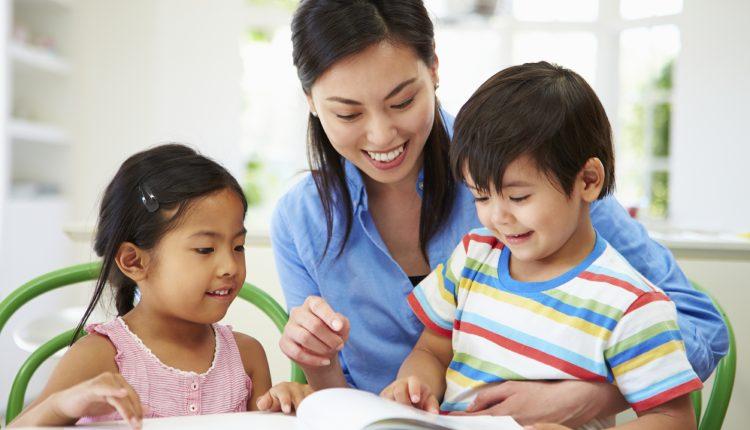 Mẹ có biết 5 phương pháp giúp con học tập hiệu quả hơn?
