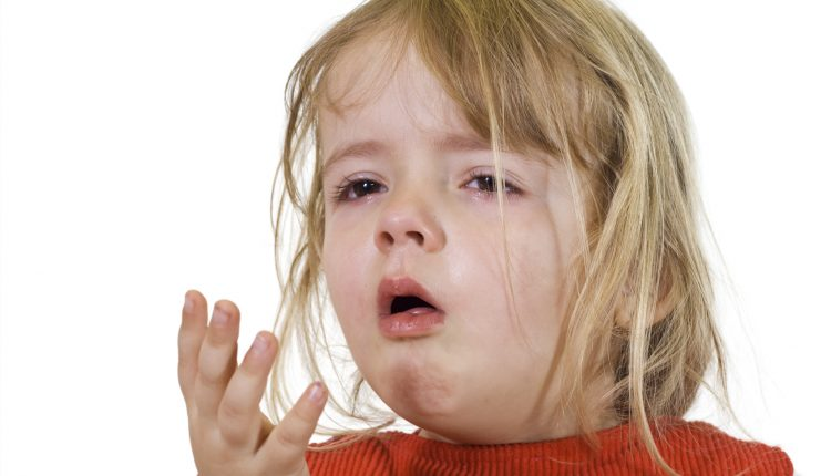 Các biện pháp dân gian điều trị ho cho trẻ nhỏ