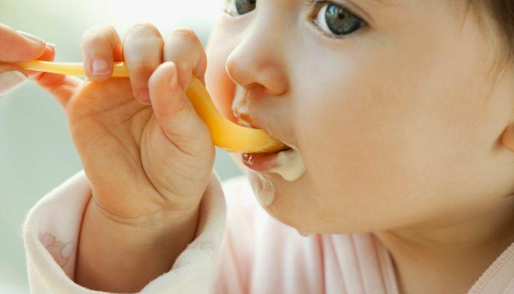 Bổ sung ngay vào thực đơn ăn dặm cho bé 9 – 11 tháng