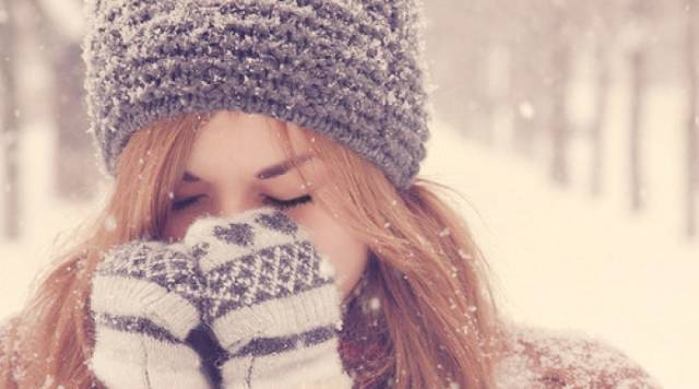 Nên làm gì khi lạnh cóng để không vỡ mạch máu?