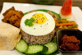 Simple Life Healthy Vegetarian Restaurant @ SSTwo Mall