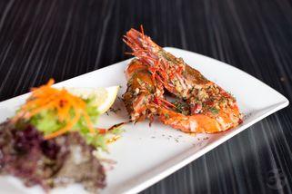 CARNE y VINO Restaurant & Lounge