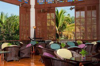 The Glen Lounge @ Holiday Inn Glenmarie