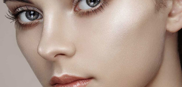 Amazing Beauty Benefits of Using a Highlighter – Check out!
