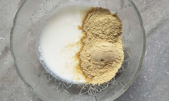 Mix curd and powdered methi seeds