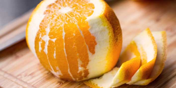 Remedies to Get Rid of Dark Upper Lips Include Orange Peels