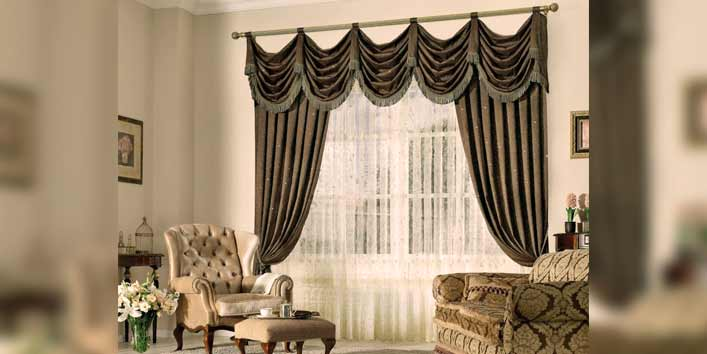Vibrant Curtains As Living Room Accessories