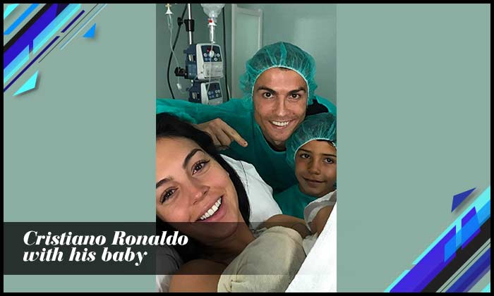 Cristiano Ronaldo With His Baby