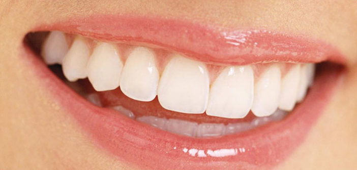 10 Commonly Found Foods To Give You Healthier Gums And Stronger Teeth