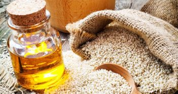 Natural Remedy For Your Gray and Falling Hair: Sesame Oil