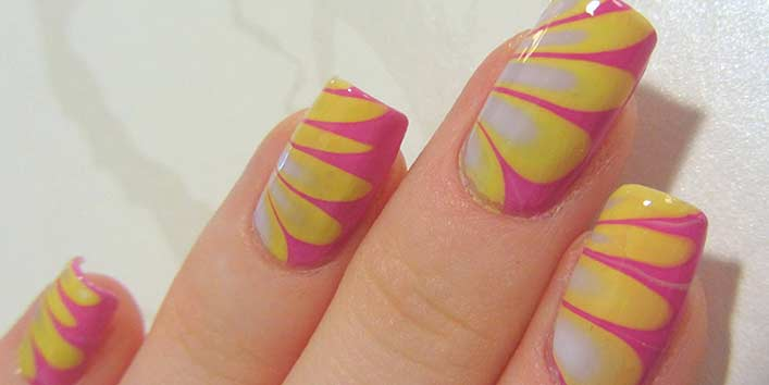 Diagon-Alley Pink and Yellow Nail Art