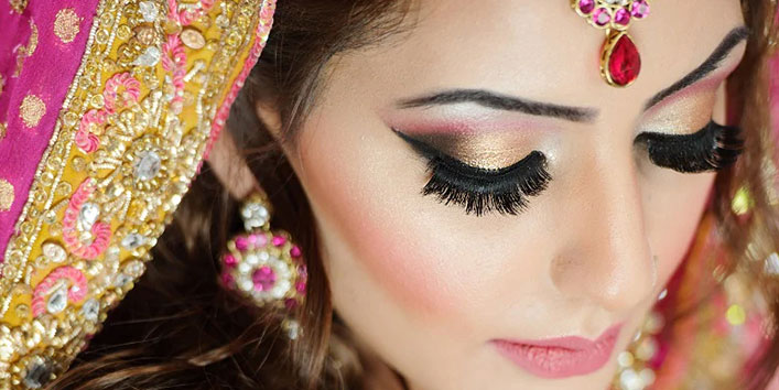 How to get the best long-lasting summer wedding makeup