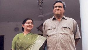विदेश मंत्री सुषमा स्वराज के पति की ये पोस्ट हुई वायरल