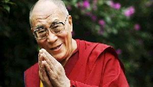 चीनी हमले में जान बचाने वाले असम जवान को देख भावुक हो गए दलाई लामा