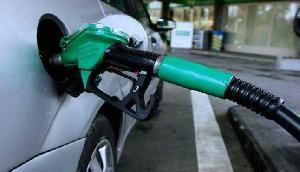 तैयार रहिए, जल्द ही आपको बड़ा झटका देने वाली हैं पेट्रोल और डीजल की कीमतें