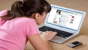 अब सेफ नहीं है फेसबुक, तुरंत हटा दें इन चीजों को, वरना होगा बड़ा नुकसान
