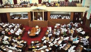 असम: चाय श्रमिकों क बकाए को लेकर विपक्ष का हंगामा