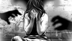 सात साल की बच्ची के साथ असम पुलिस के जवान ने किया रेप, फांसी का मांग