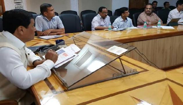 जानिए सोशल मीडिया से इतने नाराज क्यों हैं असम के मुख्यमंत्री