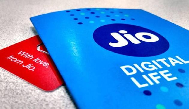मई महीने में JIO ने किया सबसे बड़ा धमाका, एयरटेल और वोडाफोन के छूटे पसीने