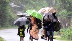 नागालैंड में भारी बारिश से राष्ट्रीय राजमार्ग 29 का एक हिस्सा बहा