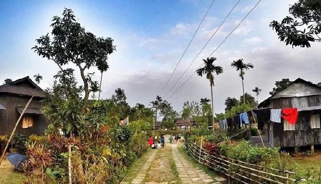 मेघालय का मावलिन्नांग  है एशिया का सबसे स्वच्छ गांव