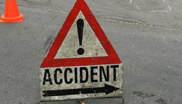 असमः सड़क दुर्घटना में एक की मौत, दो घायल