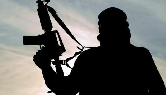 सुरक्षाबलों के हत्थे चढ़े जबरन वसूले करने वाले उग्रवादी, हथियार बरामद