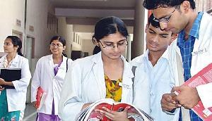 मेडिकल स्टूडेंट्स के भविष्य से खिलवाड़ ना करे सरकार- आसू