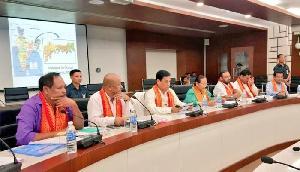 लंबित मुद्दों के हल के लिए असम सरकार और बीटीसी प्रशासन की बैठक