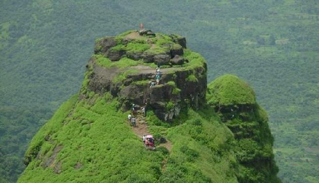 एक बार जरूर देखने जाएं भारत के इस सबसे खतरनाक किले को