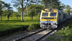 यात्रियों के लिए खुसखबरी, 16 ट्रेनों की सेवा पुनः बहाल होगी