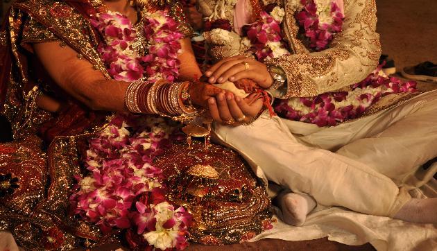 कानूनी उम्र से पहले शादी करने वालों को असम में नहीं मिलेगी सरकारी नौकरी