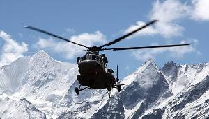 अरुणाचल प्रदेश में भारतीय वायुसेना का हेलीकॉप्टर दुर्घटनाग्रस्त,5 जवानों की मौत 1 घायल