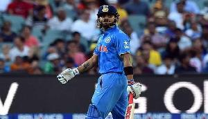गुवाहाटी T-20 LIVE : टीम इंडिया की आधी टीम पवेलियन में , धोनी 13 रन बनाकर आउट